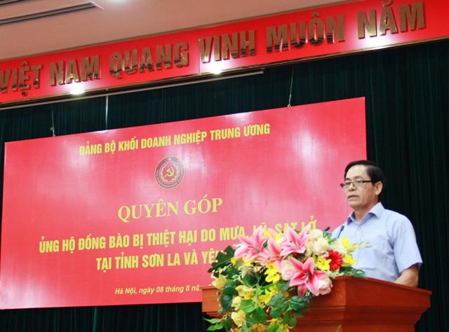 Đồng chí Phạm Viết Thanh - Bí thư Đảng ủy Khối phát biểu tại buổi quyên góp.