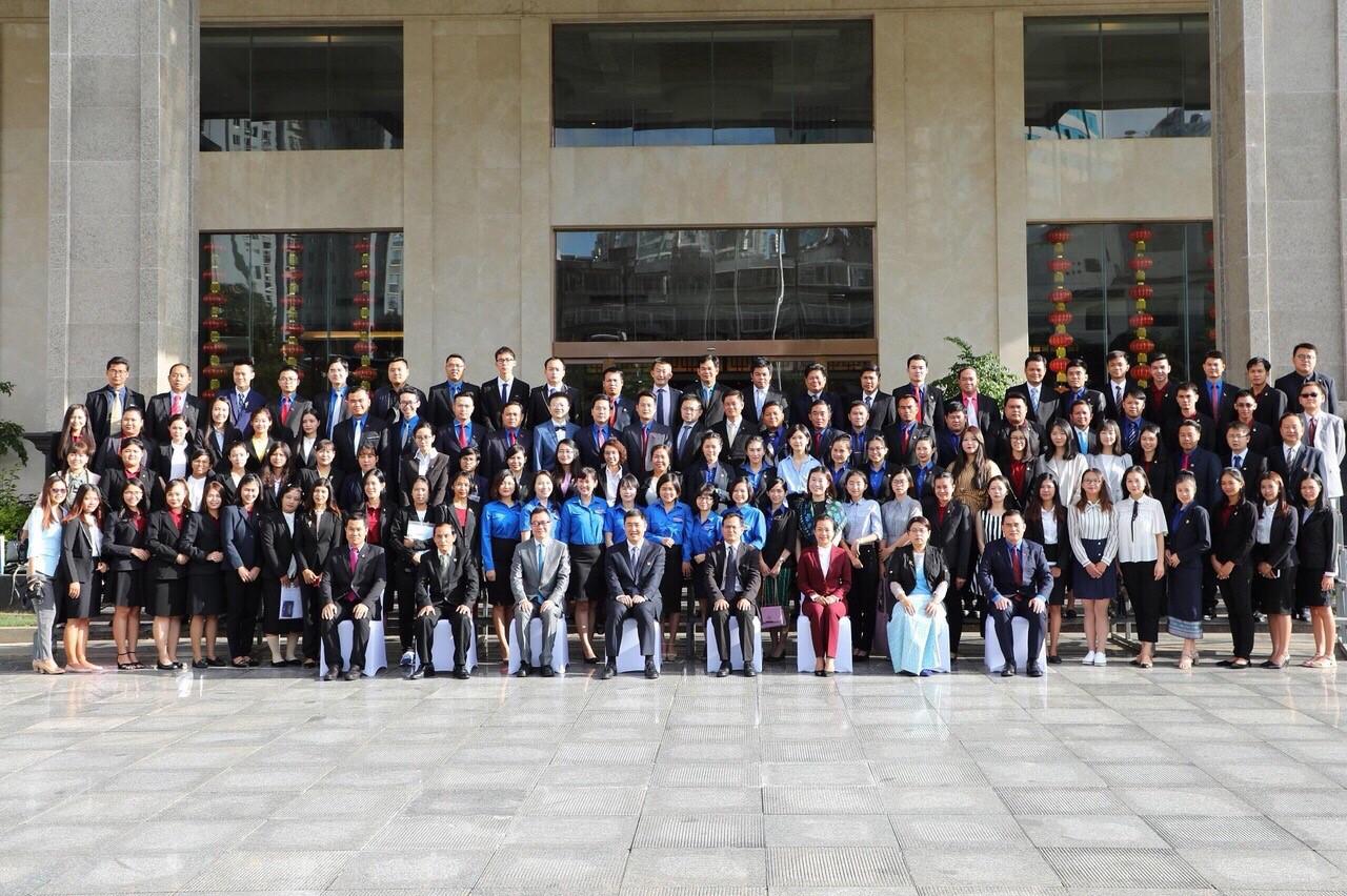 Đại biểu thanh niên đến từ 06 nước (Việt Nam, Trung Quốc, Thái Lan, Lào, Campuchia và Myanma)