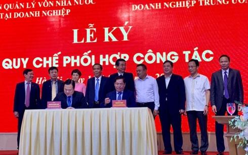 Đại diện lãnh đạo hai bên tham gia ký kết hợp tác