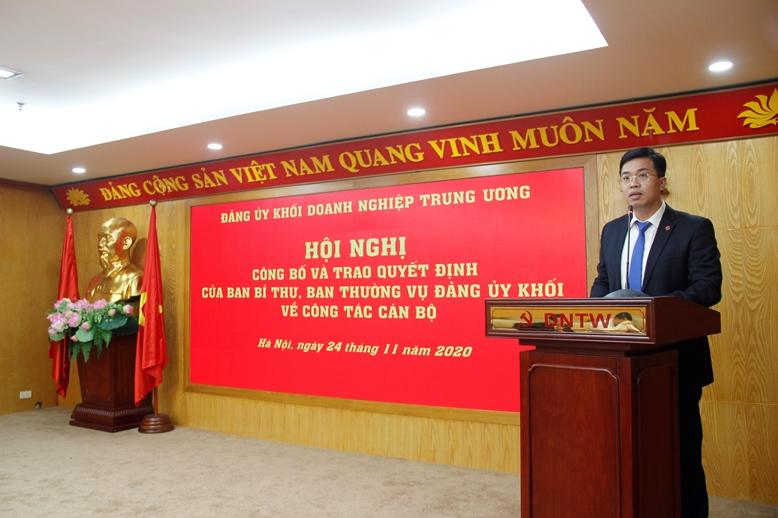 Đồng chí Nguyễn Trung Hiếu, Ủy viên Ban Thường vụ, Trưởng Ban Tuyên giáo Đảng ủy Khối phát biểu nhận nhiệm vụ.
