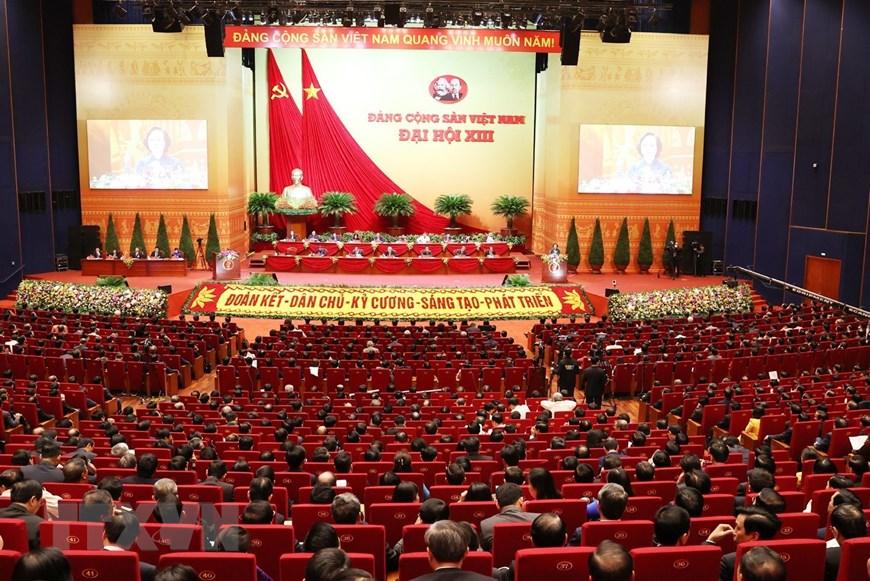 Toàn cảnh phiên thảo luận tại Hội trường, sáng ngày 28/1.