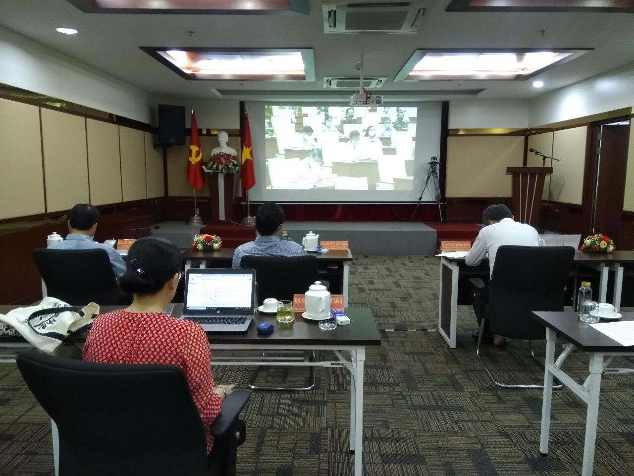 Các đại biểu tham dự Hội nghị tại điểm cầu Đảng ủy Tập đoàn CN Cao su Việt Nam-CTCP.