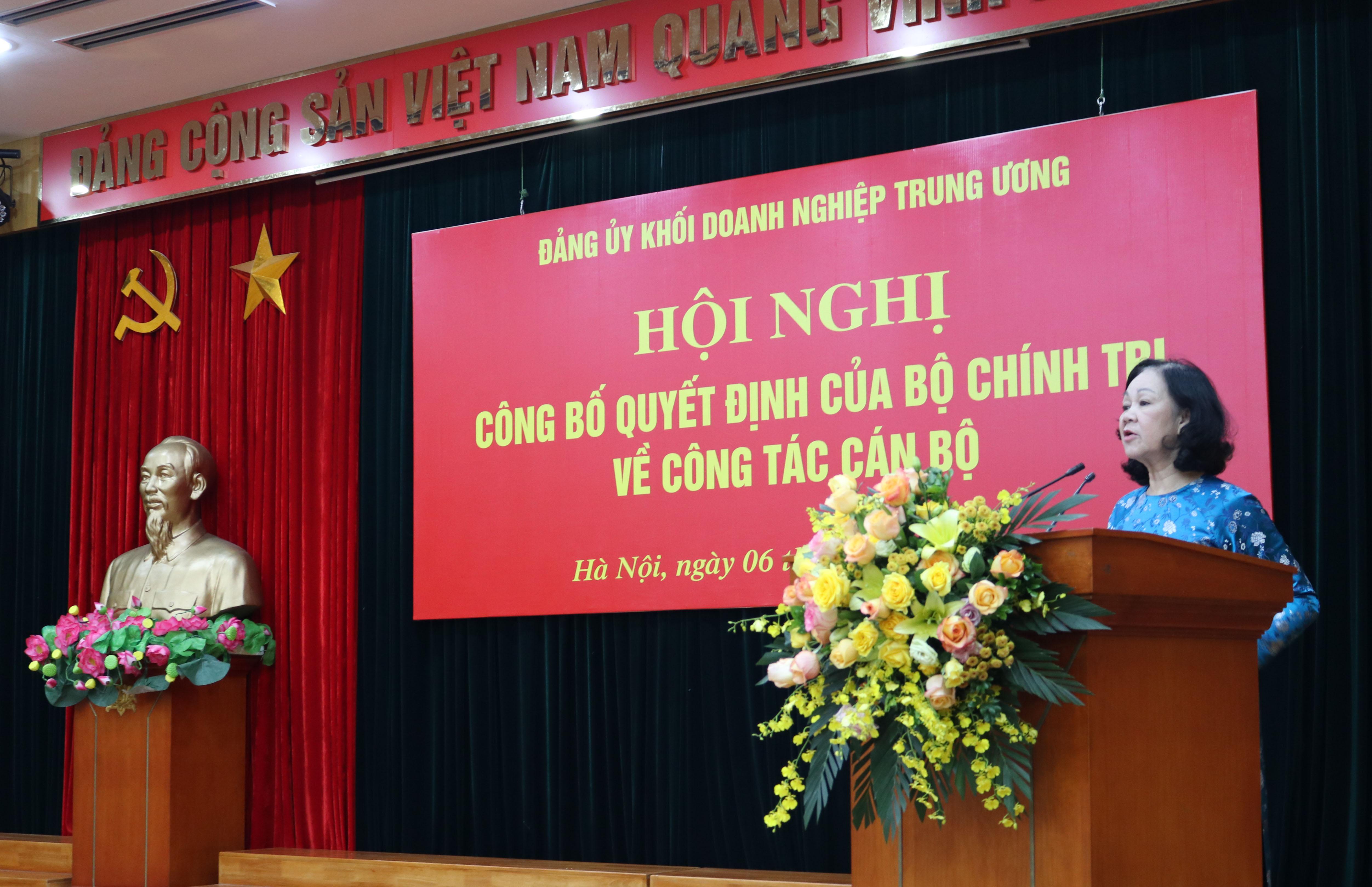 ồng chí Trương Thị Mai, Ủy viên Bộ Chính trị, Bí thư Trung ương Đảng, Trưởng Ban Tổ chức Trung ương phát biểu tại Hội nghị.